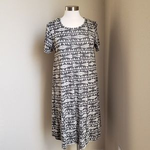 LULAROE M Carly Dress Gray Black Geometric Aztec